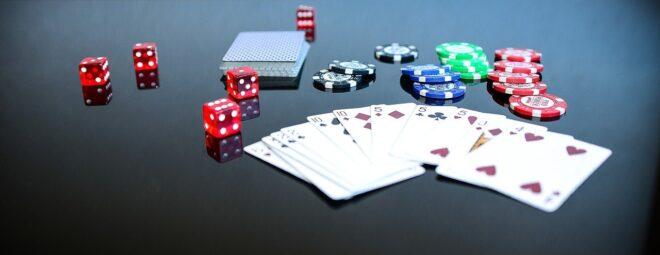 FAQComment fonctionne le poker ? Si vous êtes débutant dans ce domaine, une partie de poker peut se jouer jusqu'à 7 joueurs, avec un minimum de 3 joueurs, l'objectif phare du poker est la création de plusieurs combinaisons de cartes permettant d'obtenir des points selon la combinaison, les cartes que vous avez s'appelle ainsi une […]